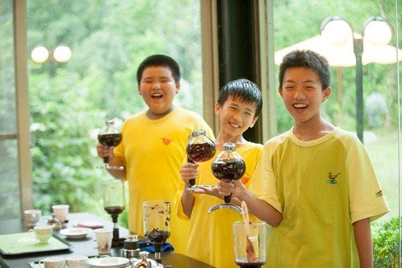 華南國小賣咖啡