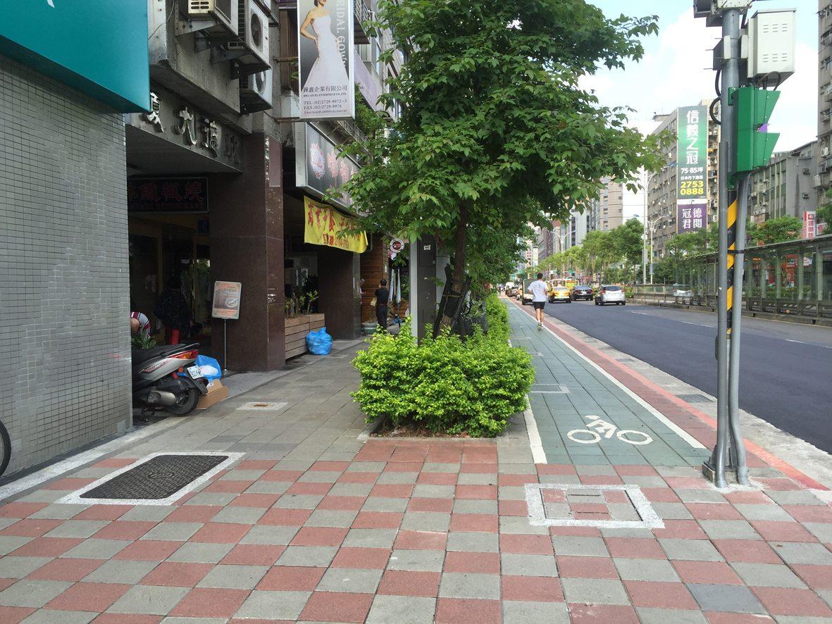 人行道行步行14