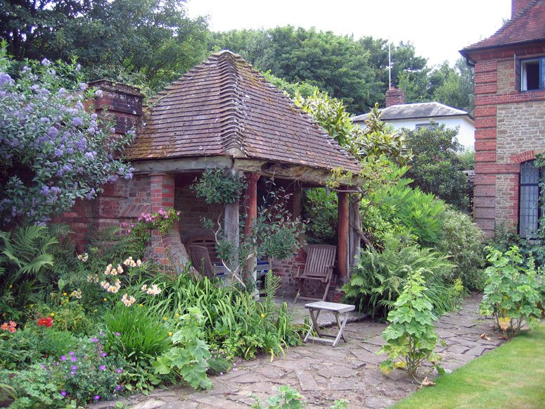 02-millmead_summerhouse